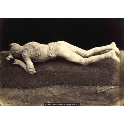 Donna trovata in Pompei nel 1875 - Fotografia originale d`epoca fine `800